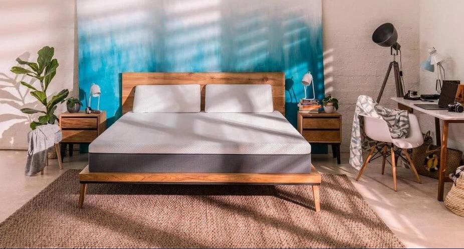 Emma Original offre un bilanciamento ideale fra Comfort e Supporto. Il Design del materasso è pensato per adattarsi a tutti i tipi di corporatura o posizione del sonno preferita.